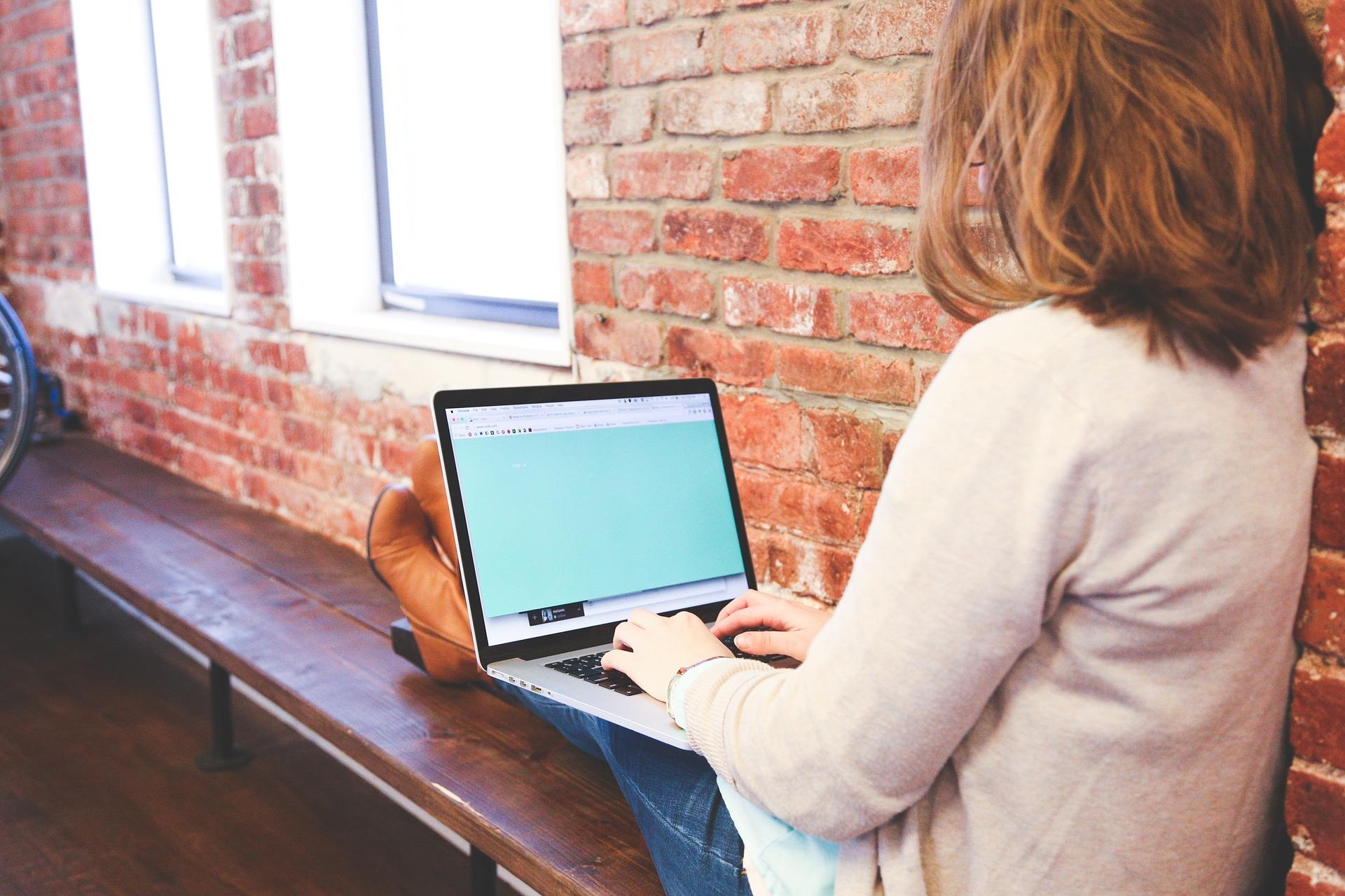 recruter rédacteur web freelance